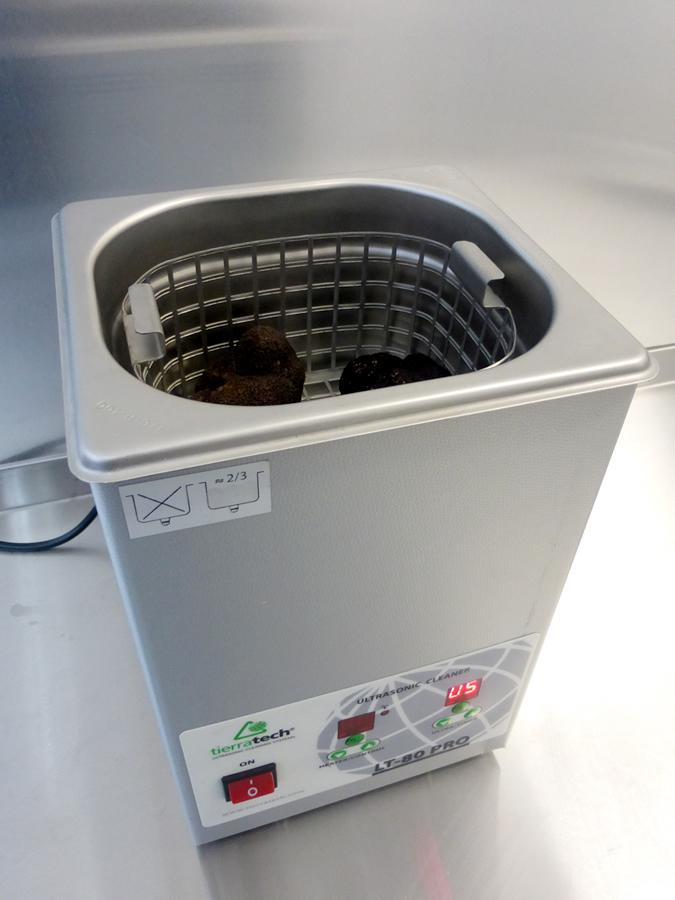limpieza de la trufa mediante ultrasonidos